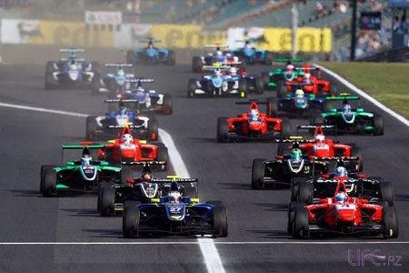 Посол «Формулы-1» в Баку попал в страшную аварию [ВИДЕО]