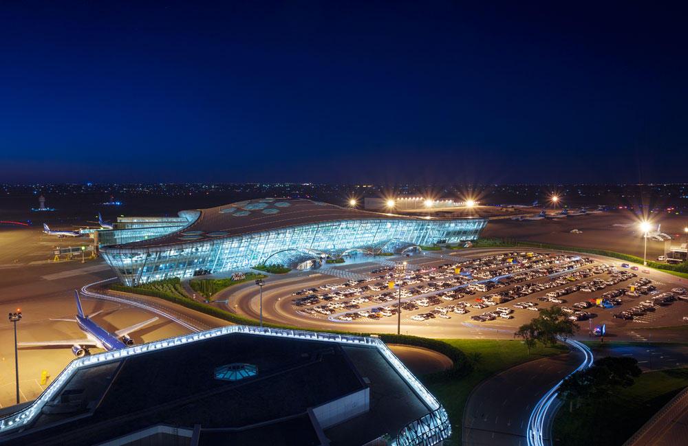 Новый рекорд Международного аэропорта Гейдар Алиев – 4 миллиона пассажира в год