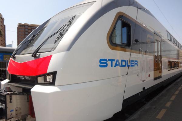 Снижены тарифы на проезд на скоростном поезде Баку-Тбилиси-Баку