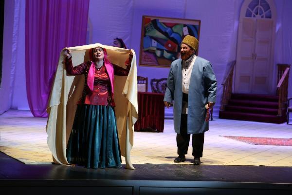 Театр музыкальной комедии выступят в Иране