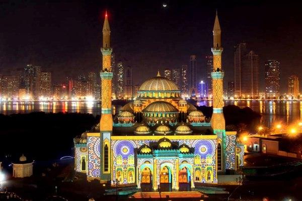 Фестиваль Света в эмирате Шарджа