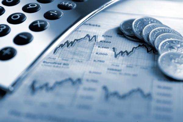 Среднемесячная зарплата в Азербайджане в апреле снизилась