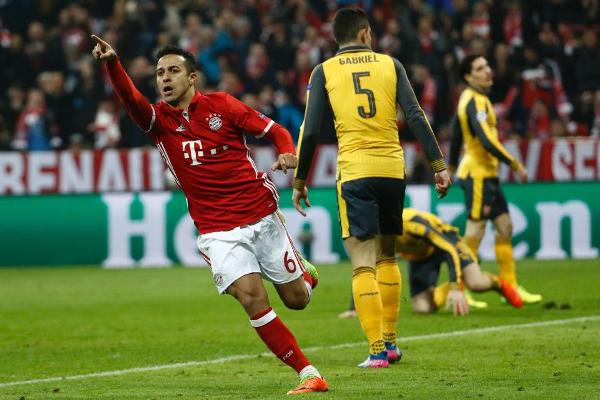 Лига чемпионов: «Бавария» разгромила «Арсенал», «Реал» победил «Наполи»