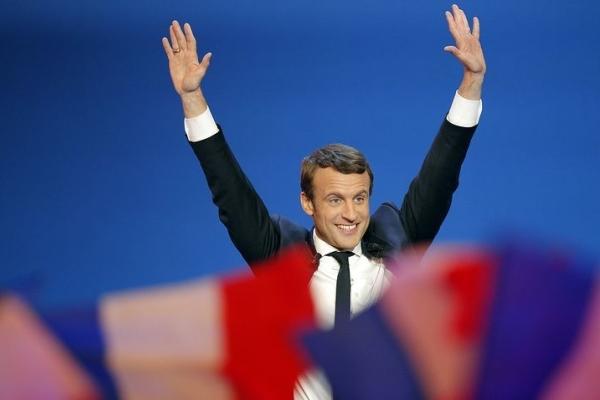 La Tribune: Президент Франции посетит Азербайджан на следующей неделе