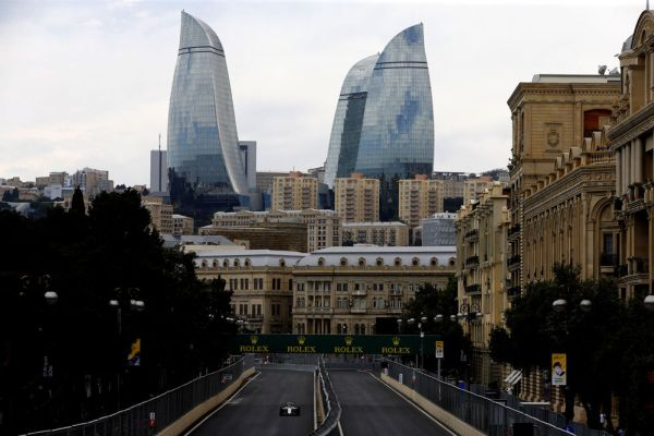 Обгон на Гран-при Азербайджана назван лучшим в «Формуле-1» в 2017 году