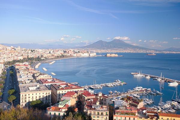 Города-побратимы Баку и Неаполь как фактор дальнейшего развития связей между Азербайджаном и Италией