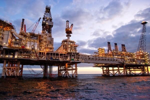 До сих пор с АЧГ добыто 453 млн. тонн нефти и 144 млрд. кубометров газа