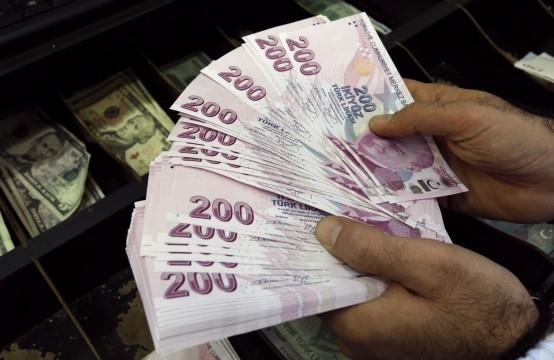 В Турции курс доллара превысил отметку 6 лир, евровалюта также в режиме сваливания