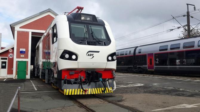 В Азербайджан доставлены локомотивы, развивающие скорость до 160 км/час
