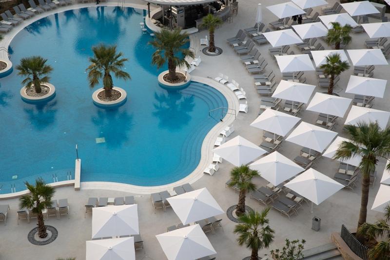 Jumeirah Beach Hotel открывается после реконструкции