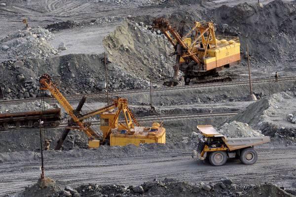Министр: В Азербайджане обнаружены 1004 залежей рудных, нерудных полезных ископаемых и месторождений подземных вод