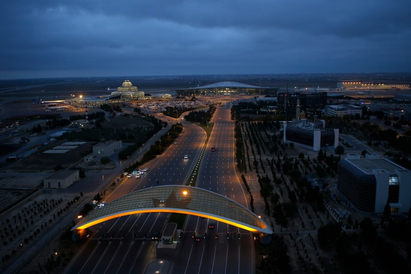 За 11 месяцев 2018 года Международный аэропорт Гейдар Алиев обслужил более 4 млн. пассажиров