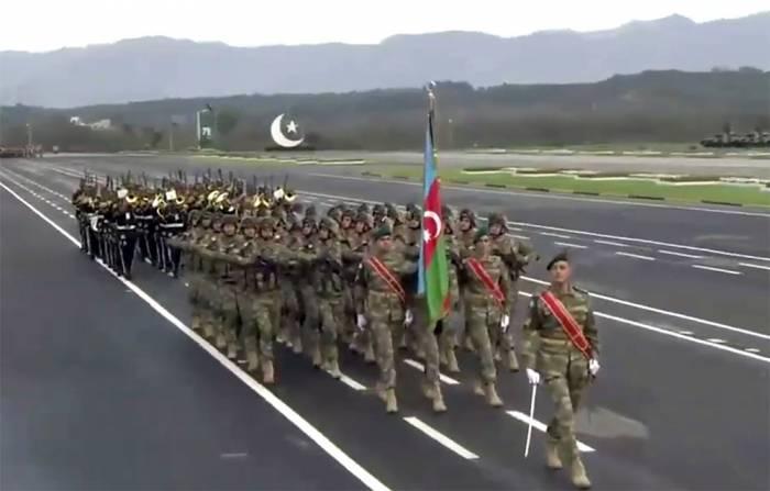 Азербайджанские военнослужащие приняли участие в военном параде в Пакистане