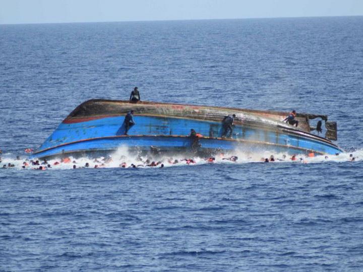 У берегов Туниса утонули около 70 мигрантов