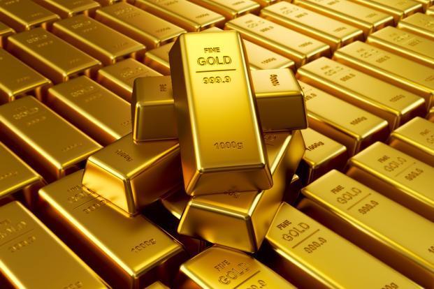 Золото продолжает дешеветь на фоне роста рисковых настроений