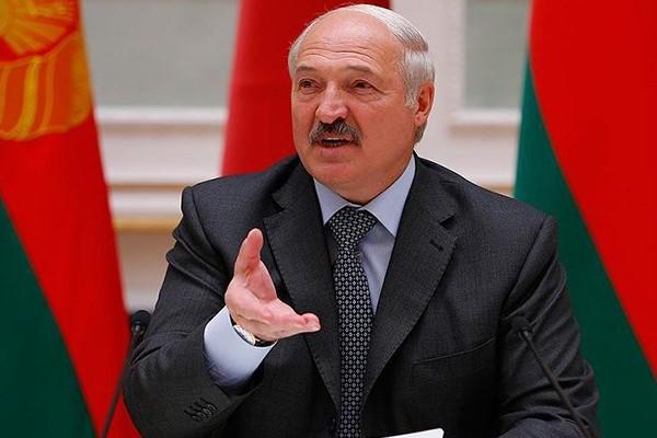 Лукашенко: Просто так не уйду