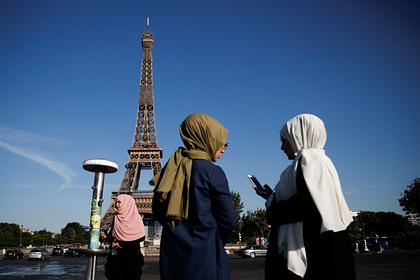 Париж потребовал от мусульманских стран прекратить бойкот французских товаров