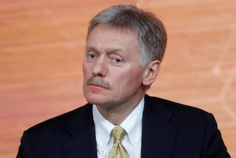 Песков: Кремль пока не видит рисков срыва договоренностей по Карабаху